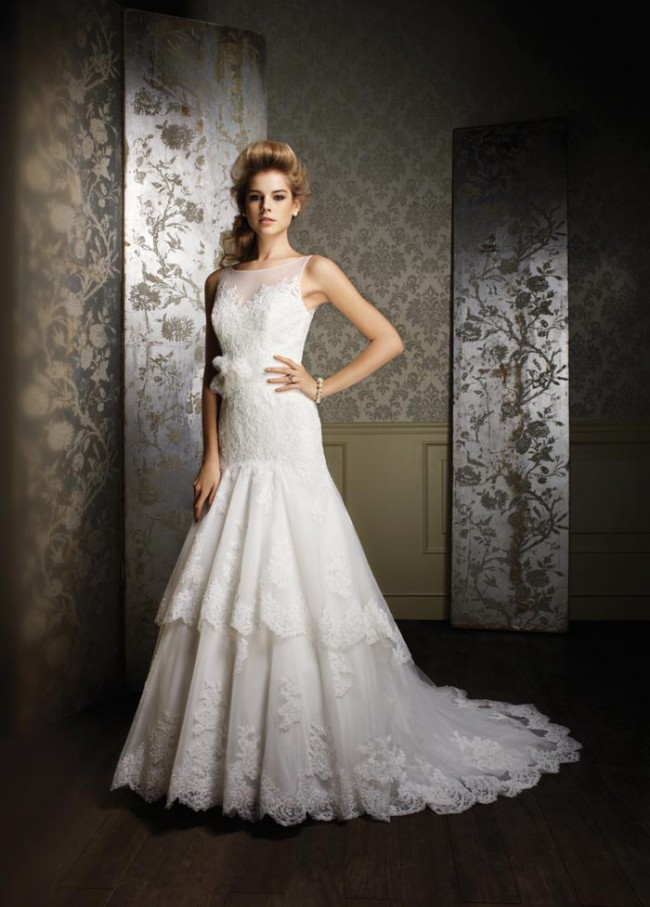 Alfred Angelo Sapphire Collection Style 885
