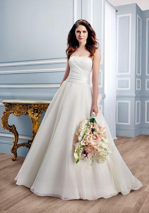 Moonlight Bridal Tango T746