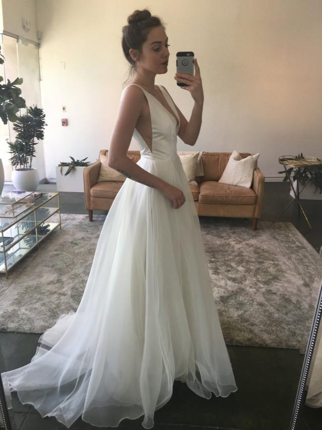 f0dd6940ee9 Sarah Seven Used Wedding Dress - Wedding Dress   Decore Ideas