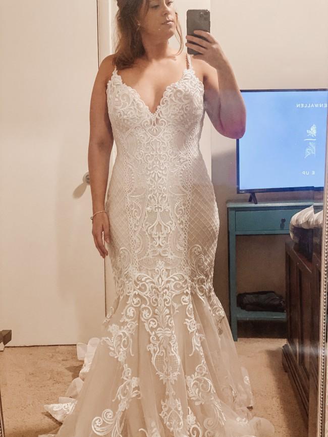 Allure Bridals Donna KL- 300136