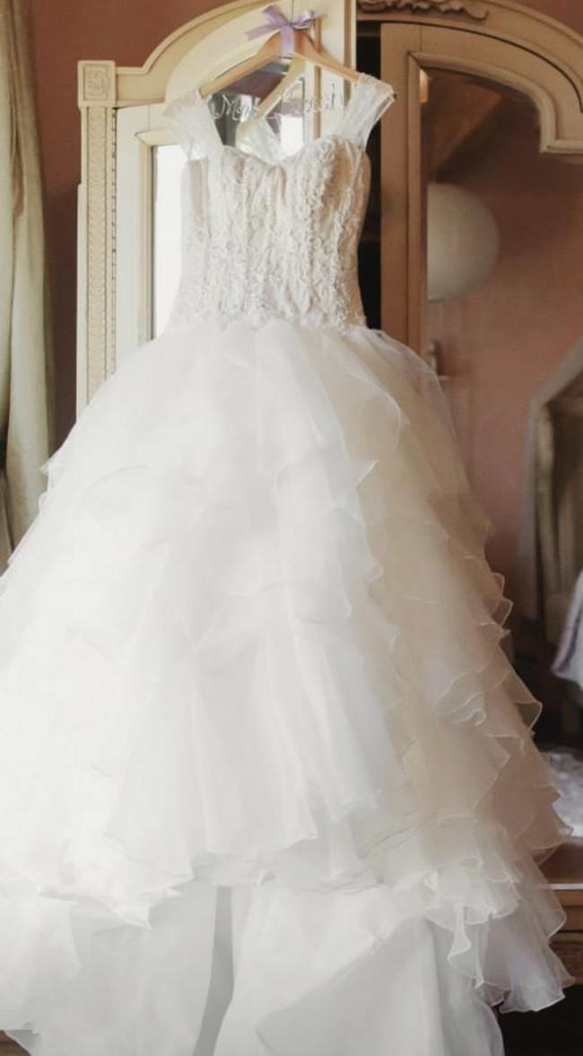 b04cf5dd4558 Oleg Cassini CWG568 Used Wedding Dress on Sale 50% Off - Stillwhite ...