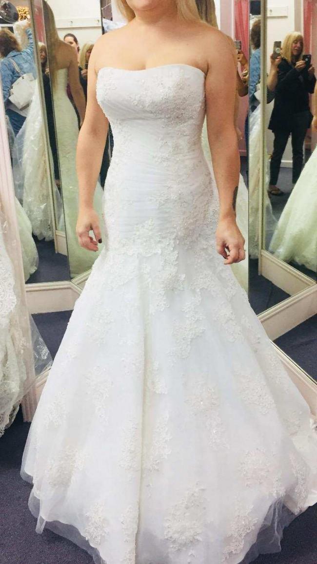 Allure Bridals P907