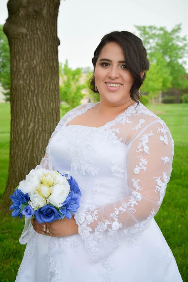 David's Bridal 9V8835