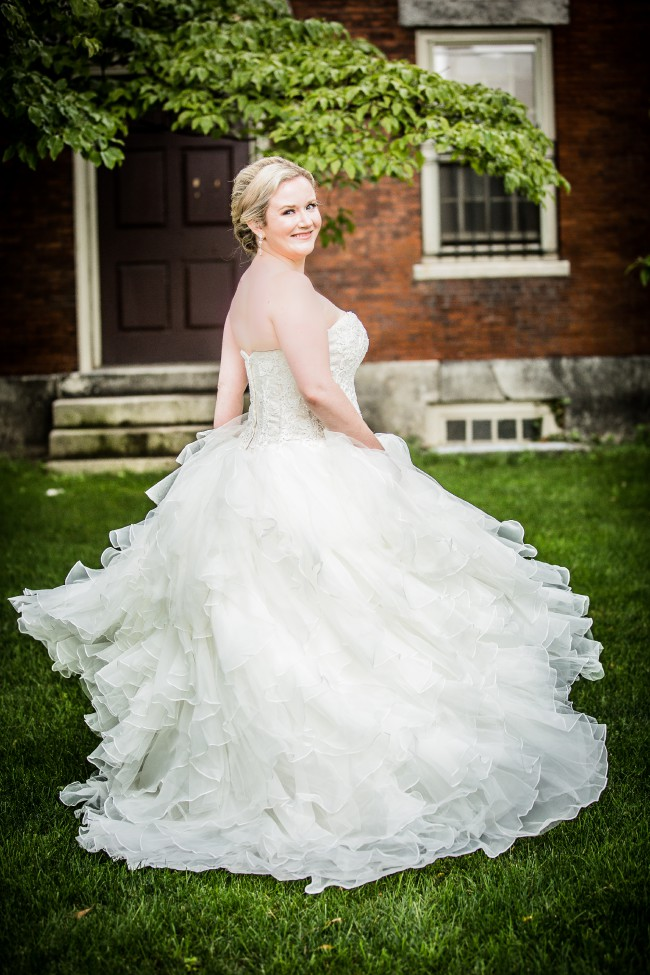 04d80331a421 Oleg Cassini CWG568 Used Wedding Dress on Sale 74% Off - Stillwhite