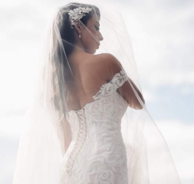 Idora Bridal, Wedding dress including matching veil