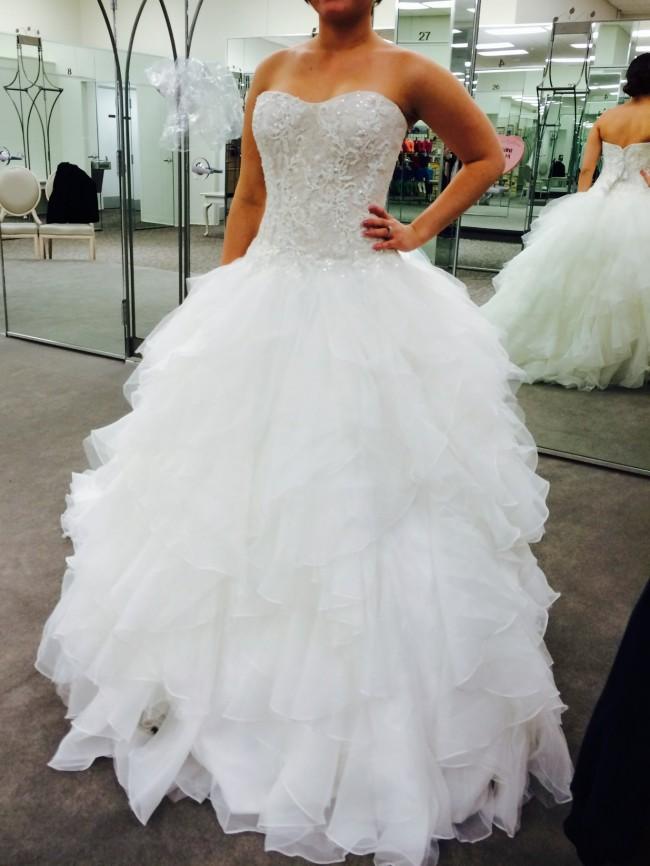 a82ea6fba14dc Oleg Cassini cwg568 New Wedding Dress on Sale - Stillwhite