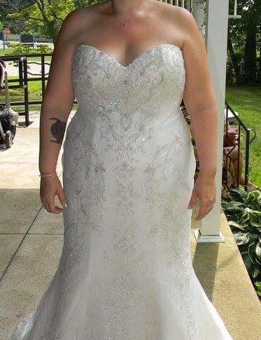 Casablanca Bridal 2231