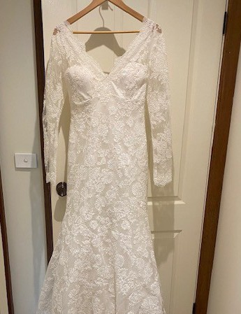 Allure Bridals Allure Romance 2663