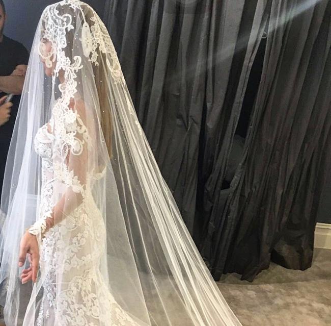 f55c8efd5a Steven Khalil Preowned Wedding Dress on Sale 53% Off - Stillwhite ...