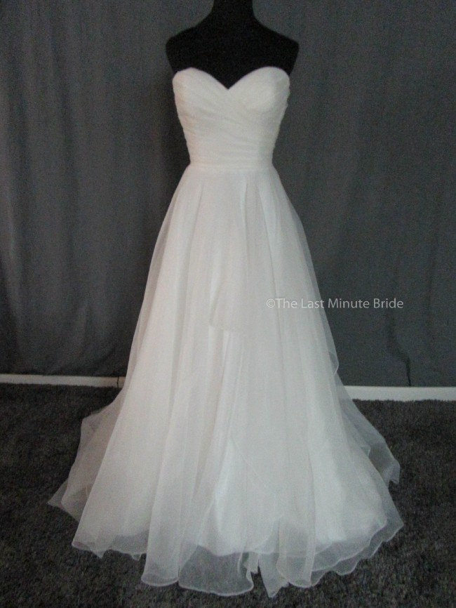 Sweetheart Gowns 11073
