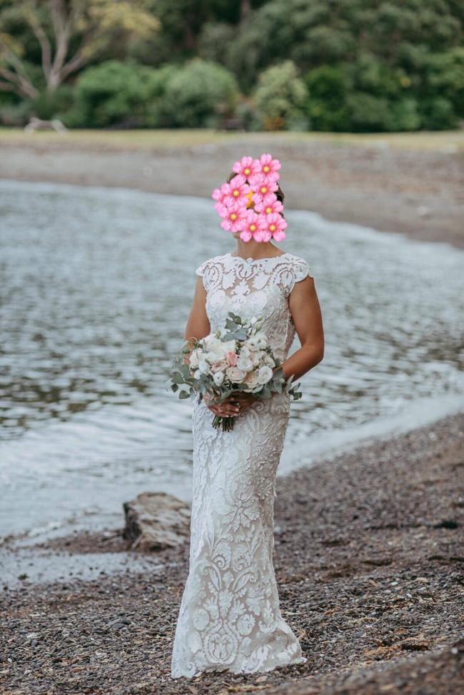 Alma J Bridal, Kate