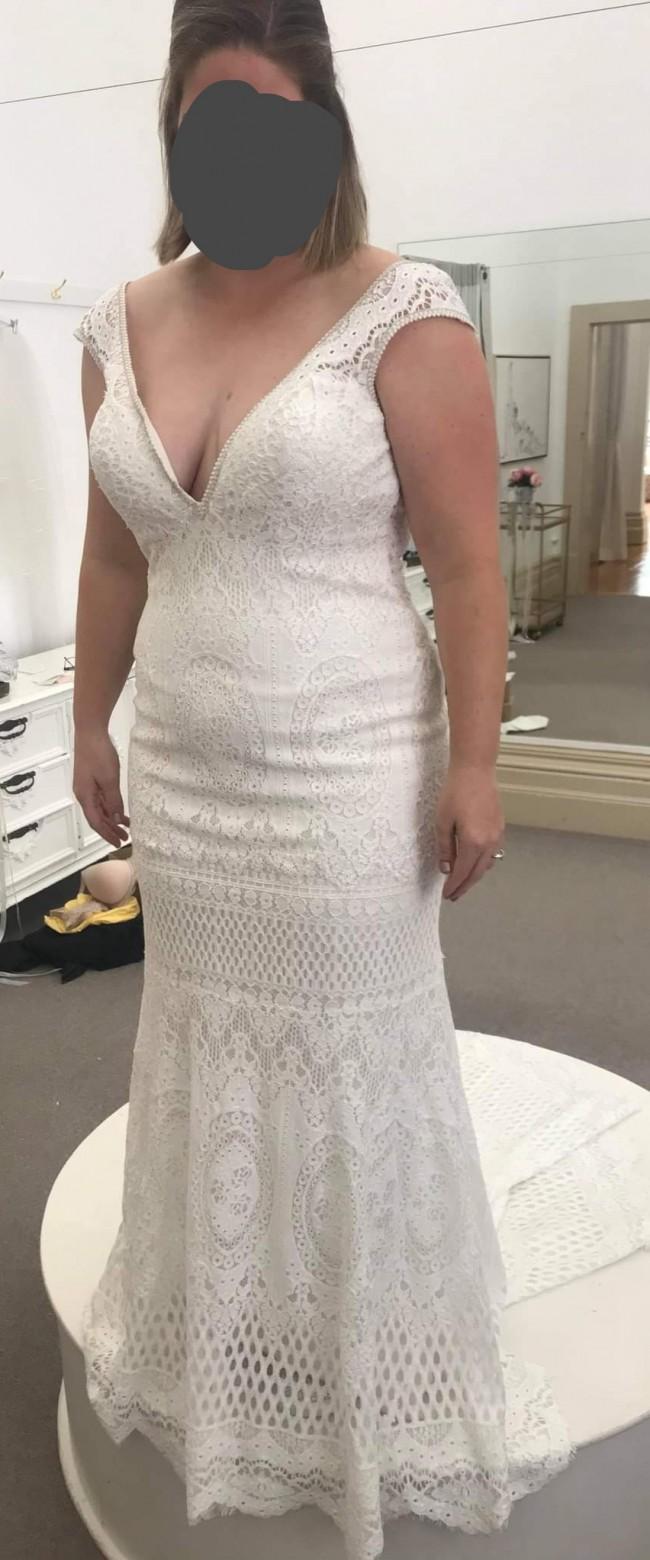 Allure Bridals Allure 9607