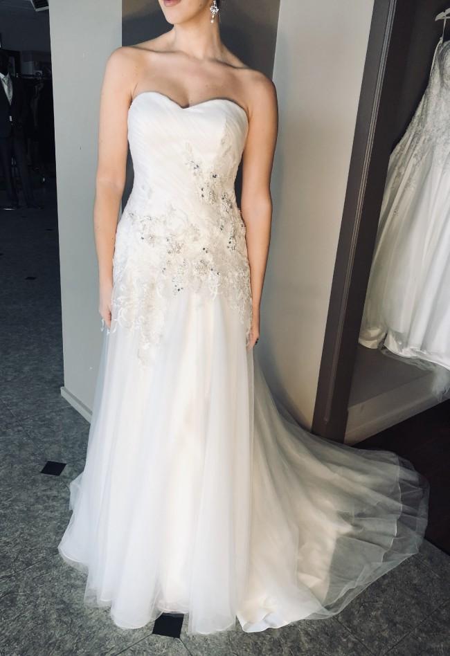 Brides Desire, Topaz