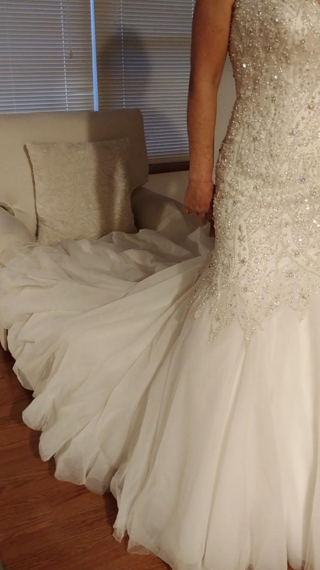 Allure Bridals, Style No: C227