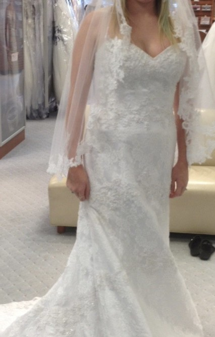 Alfred Angelo Sapphire 869