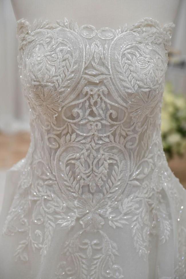 De Lanquez Bridal, Custom Made