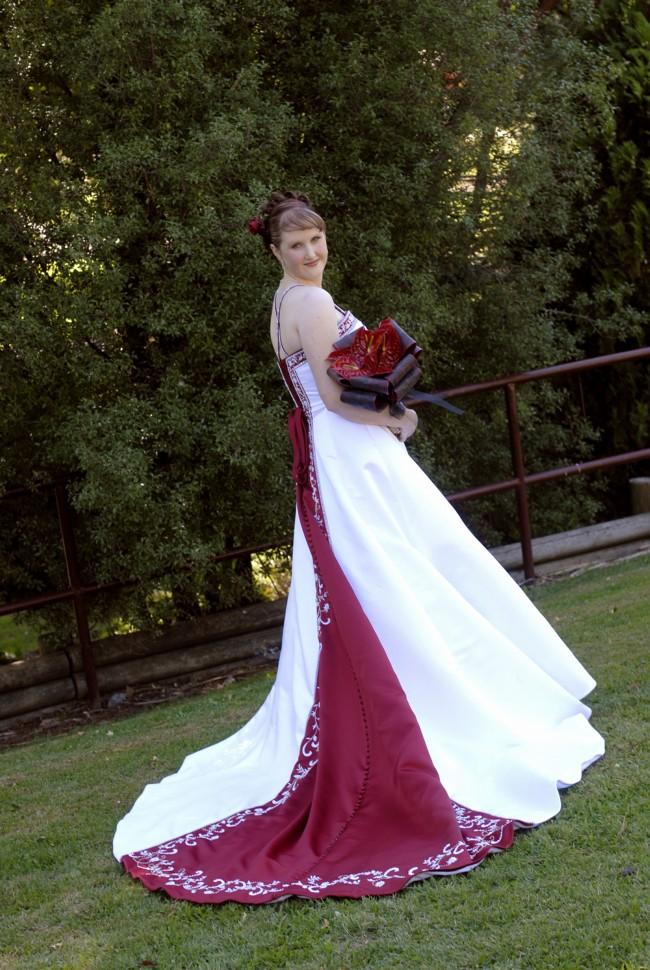 eb2092860a99 Alfred Angelo Style 1516 Used Wedding Dress on Sale 70% Off - Stillwhite