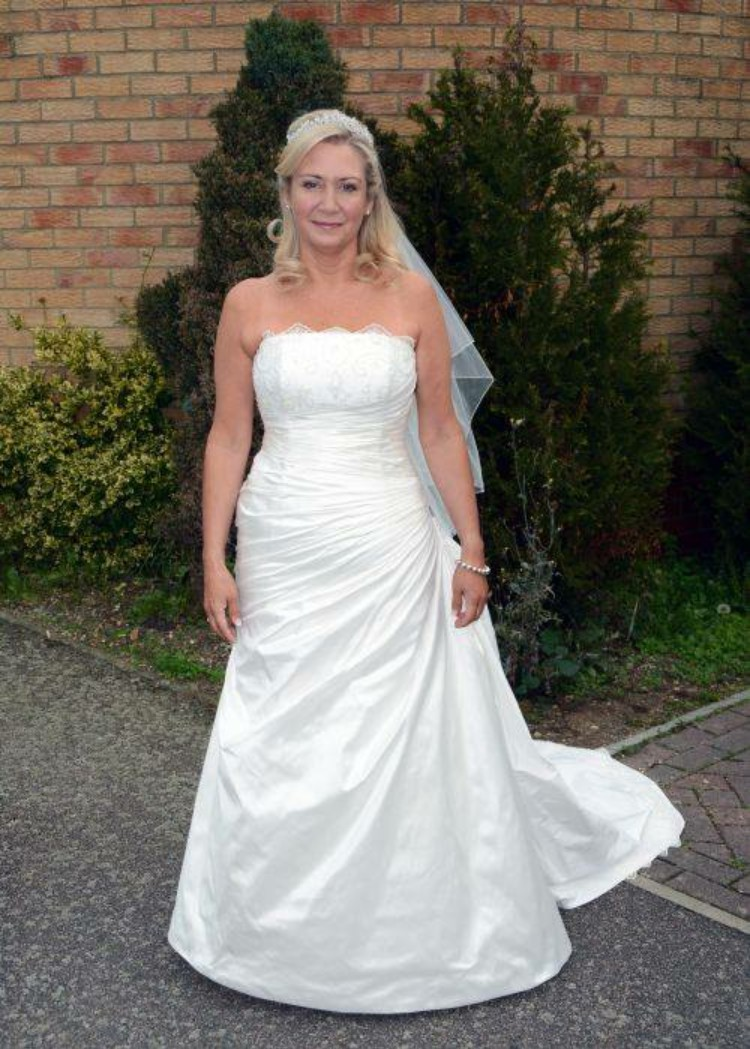 Louise Marie Jacaranda Used Wedding Dress On Sale 88 Off