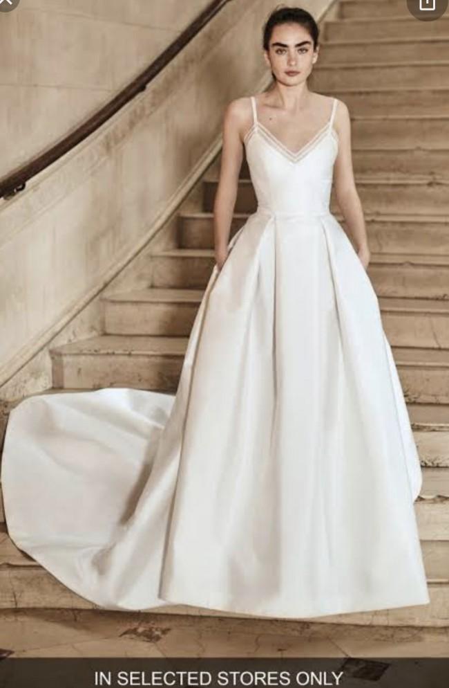 Carolina Herrera Heather gown
