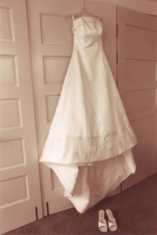 d31c38a361 Tomasina Second Hand Wedding Dress on Sale 87% Off - Stillwhite Australia