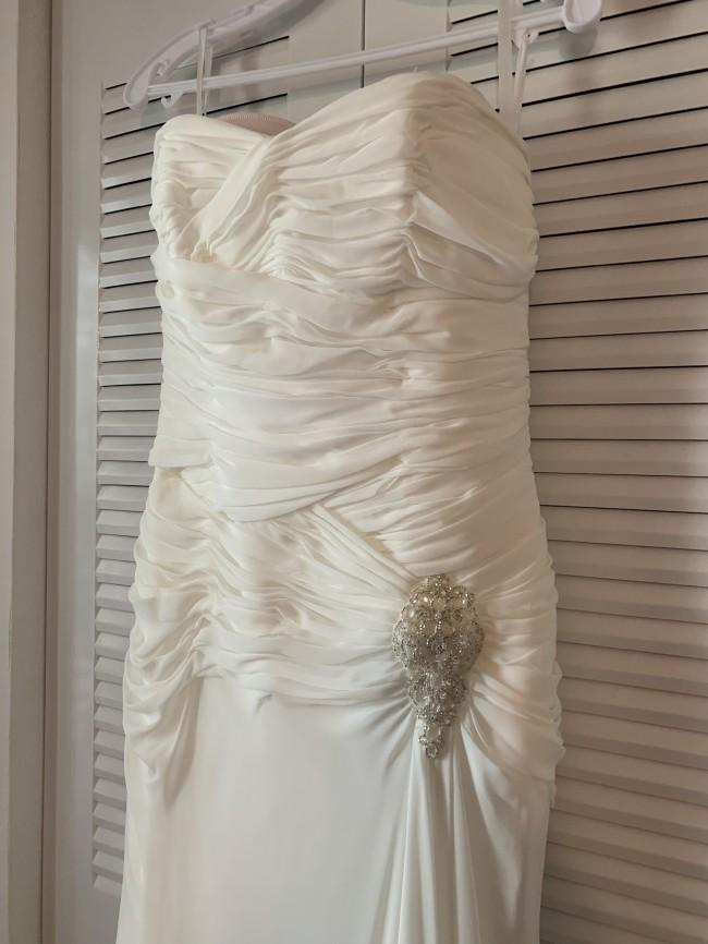 Joli Bridal 5070