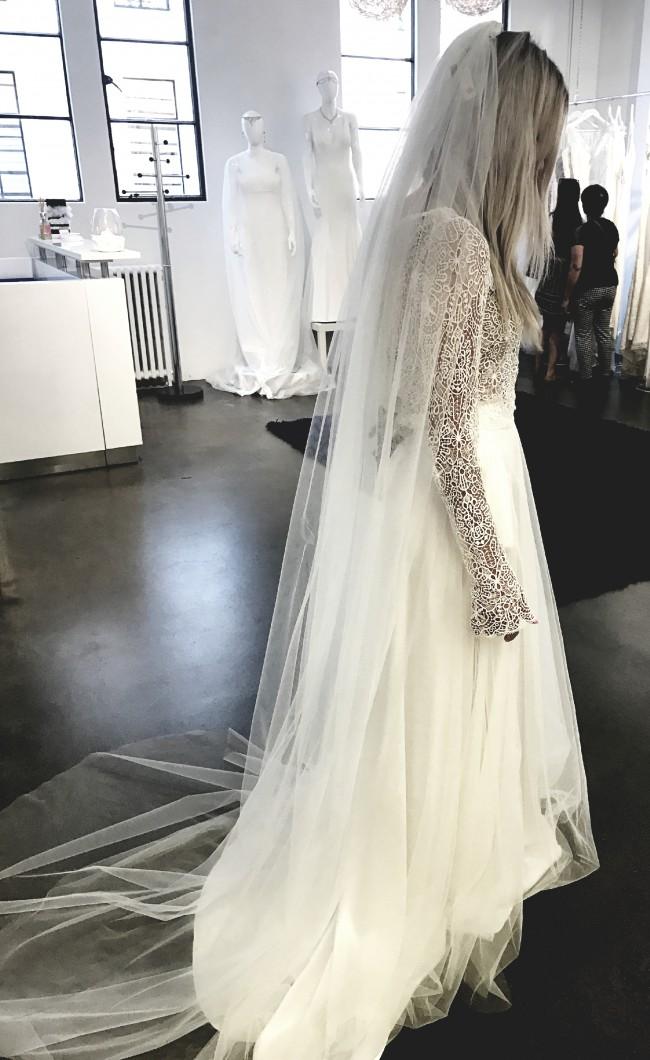 Q'nique Bridal, matisse jacket / Lucille skirt