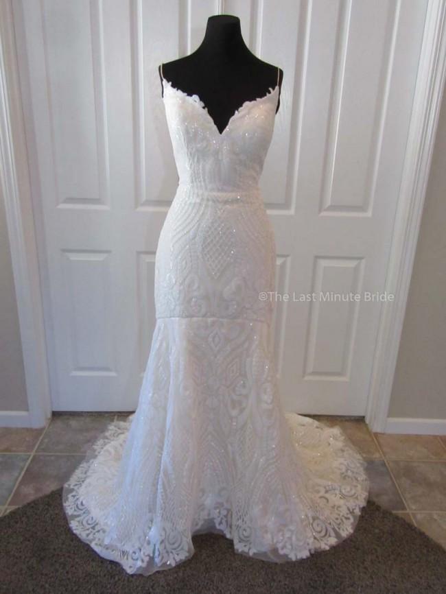 The Last Minute Bride, Samantha