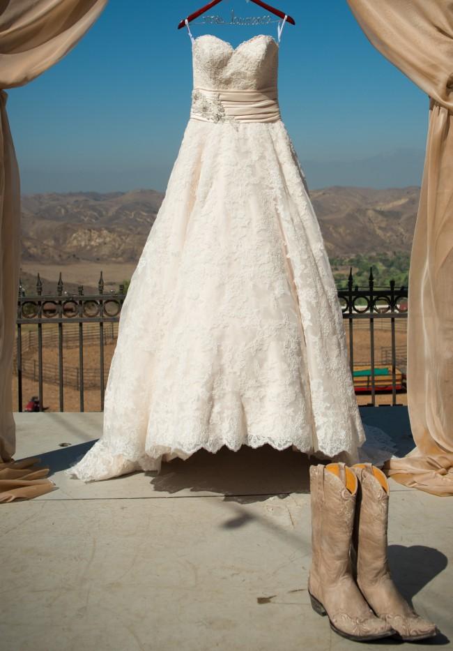Allure Bridals, 8850