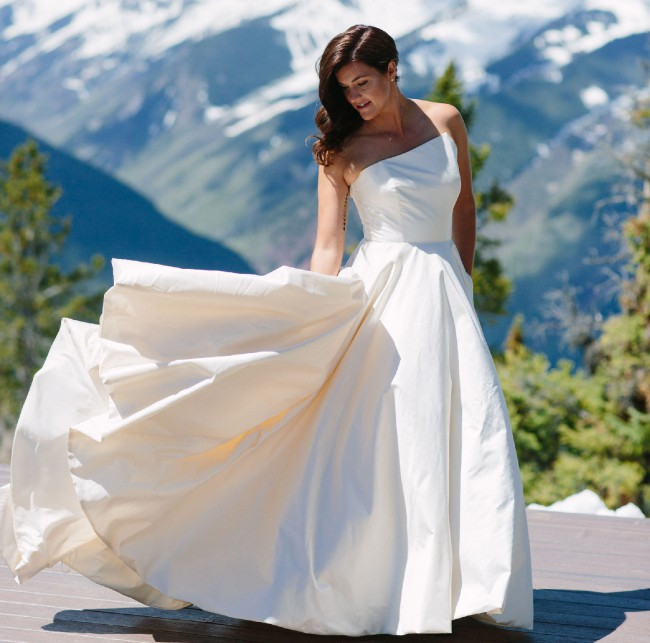 Romona Keveza LEGENDS  Style L9154