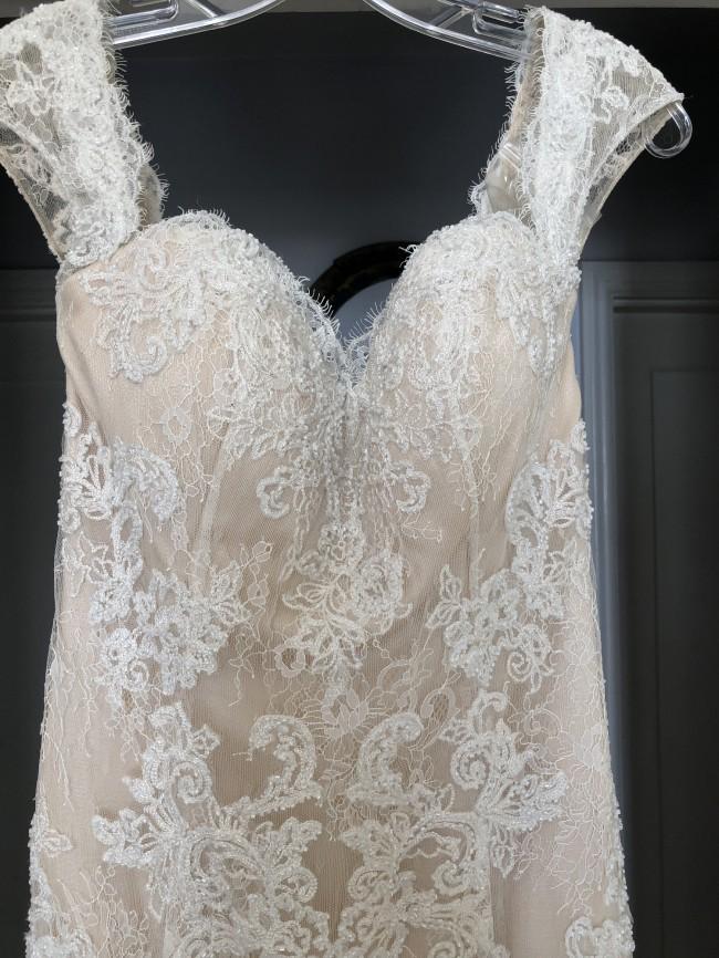 Casablanca Bridal 2215