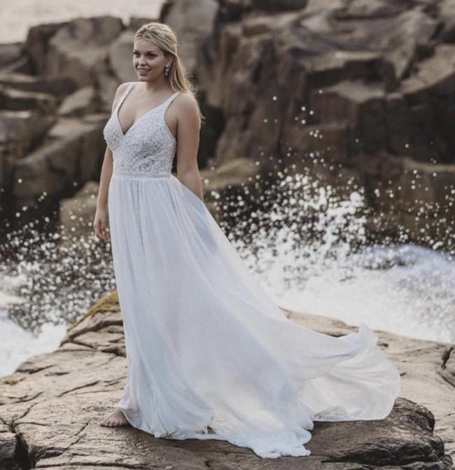 Allure Bridals Allure 9616