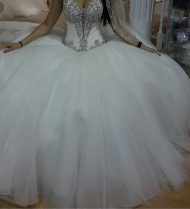 Allure Bridals, 9017