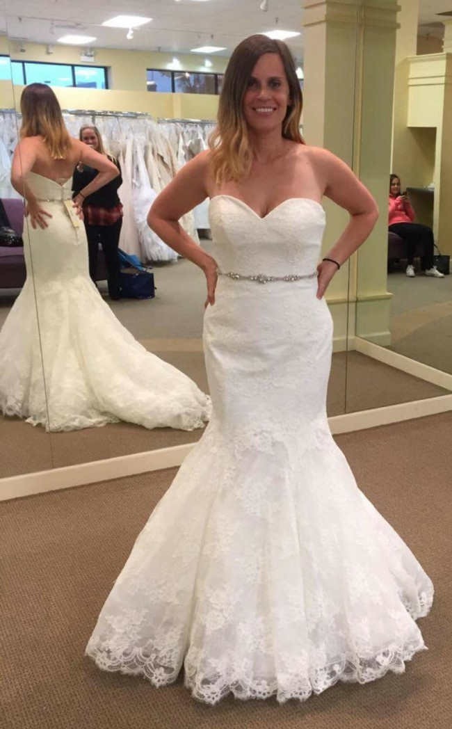 Allure Bridals 8970