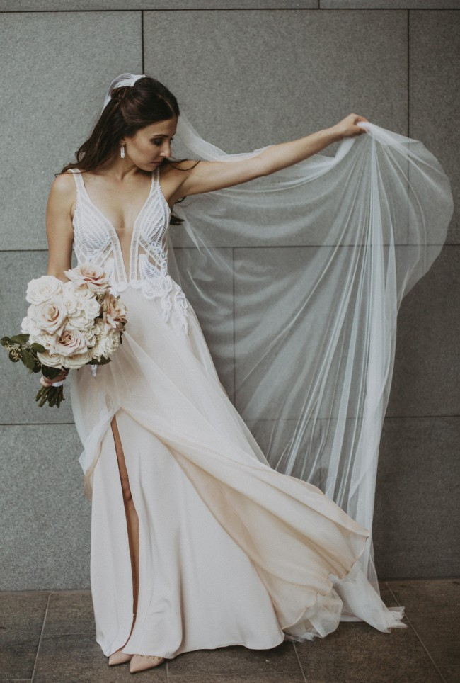 Pallas Collective, Levonia Gown