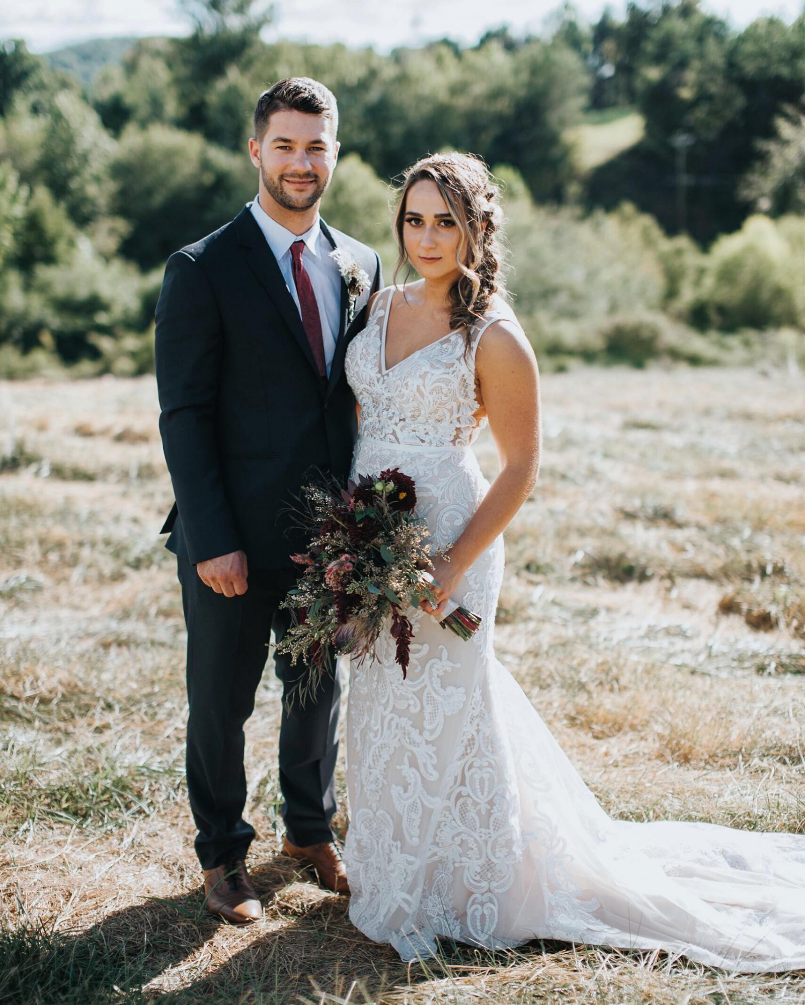 Essense Of Australia D2472 Preowned Wedding Dress On Sale