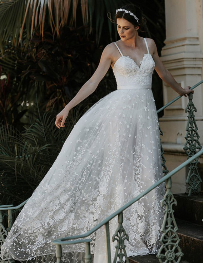 Sasha Belle Bridal, Amber