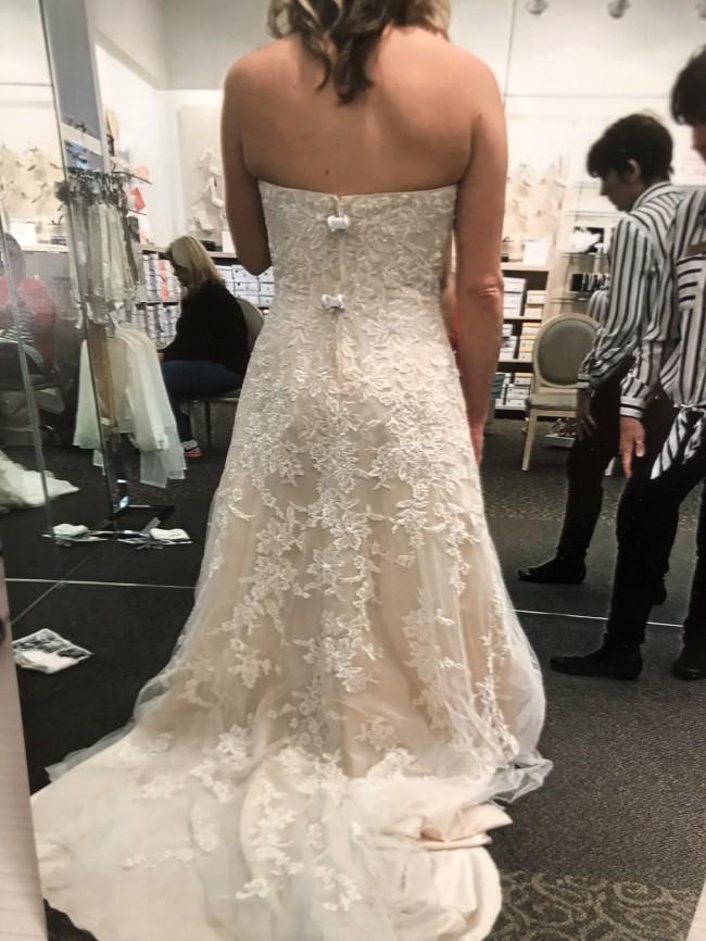David's Bridal, V3587