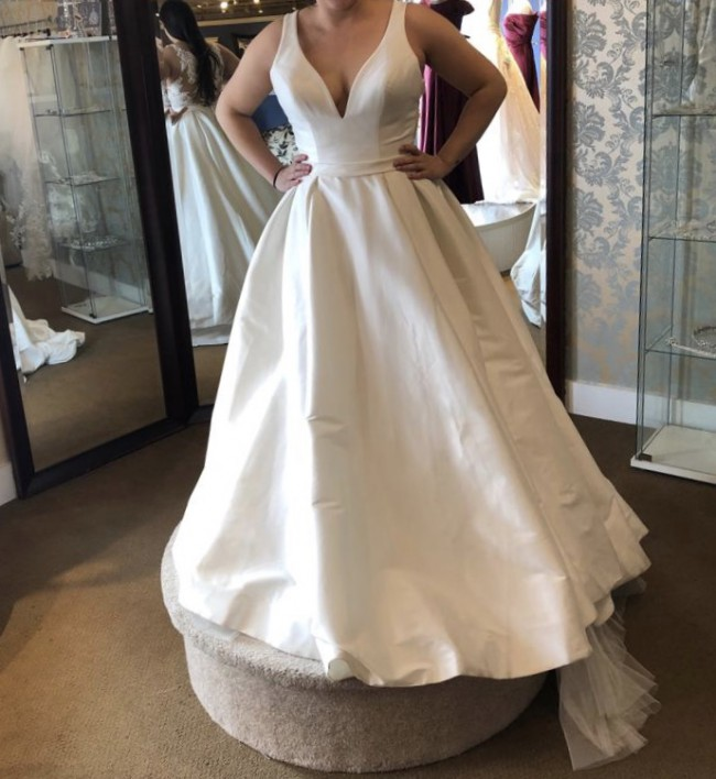 Allure Bridals, 9473
