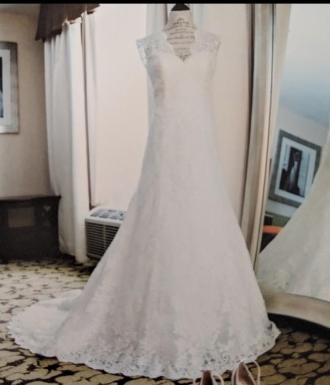 Allure Bridals 9013