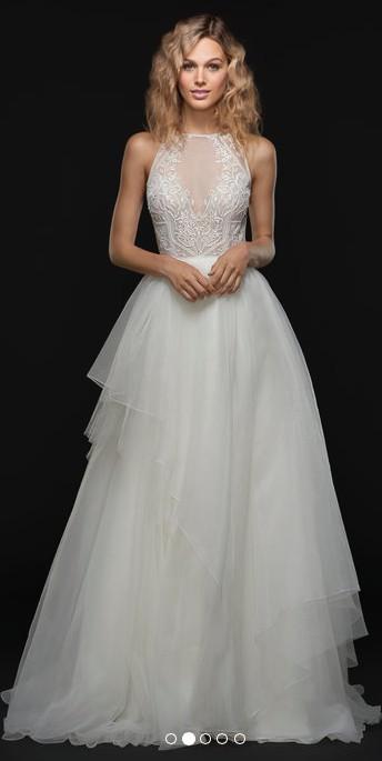 9b94086cc847 Hayley Paige Smith Sample Wedding Dress on Sale 69% Off - Stillwhite