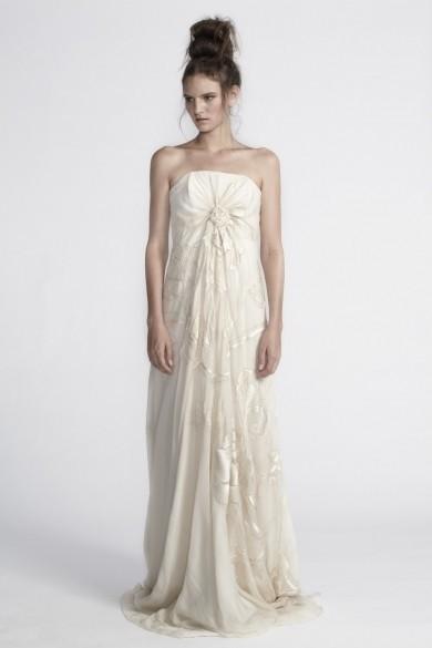 Akira Isogawa Spiral Shibori Hand Embroidered Gown Wedding Dress On Sale -  37% Off