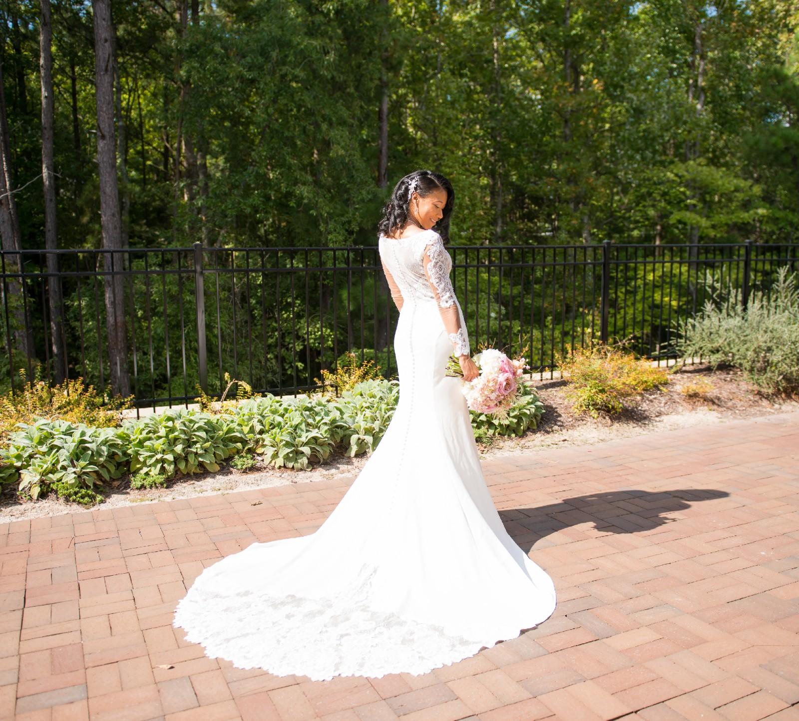 Essense Of Australia D2124 Used Wedding Dress On Sale 37
