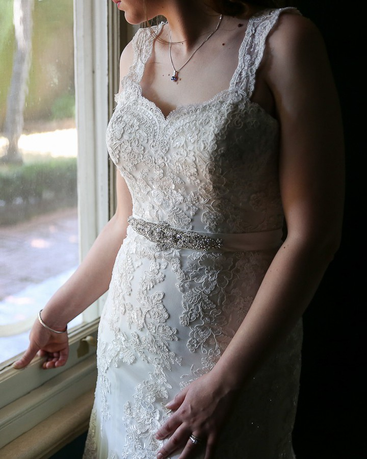 Henry Roth Second Hand Wedding Dress On Sale 82 Off: Christina Rossi 4202-SR / W0320 Second Hand Wedding Dress