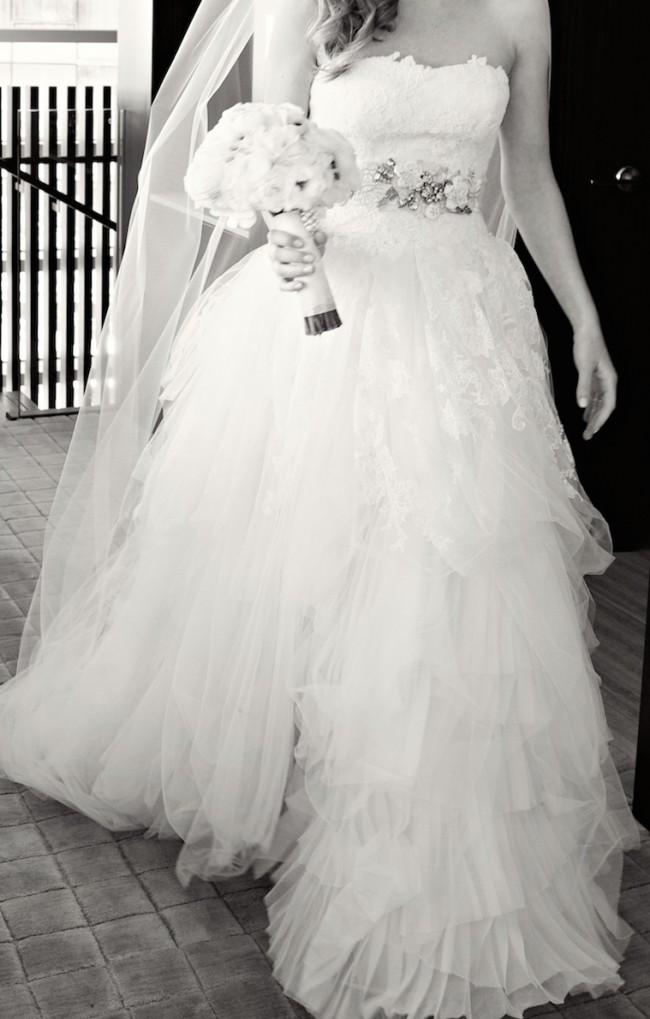 e92bed63006b Vera Wang Eliza Second Hand Wedding Dress on Sale 74% Off ...