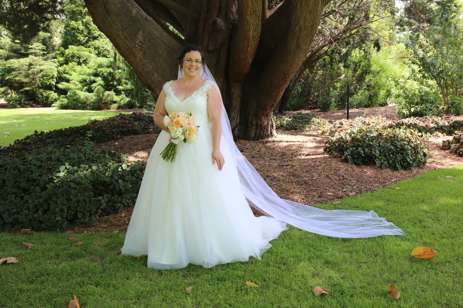 Cizzy Second Hand Wedding Dress On Sale 73% Off