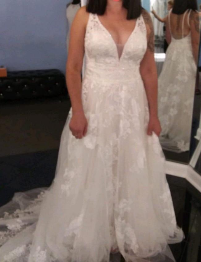 Allure Bridals 9657