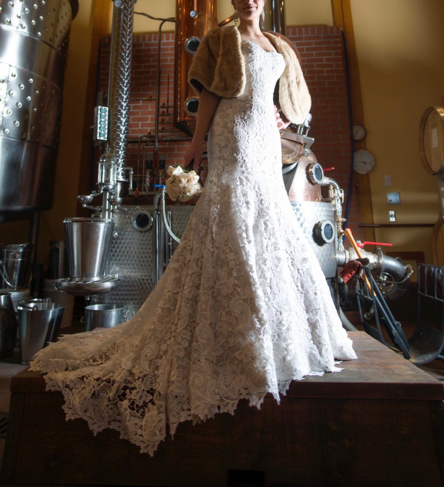 Martina Liana 504 Preowned Wedding Dress On Sale 60% Off