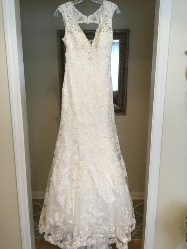 Allure Bridals 9104-IS