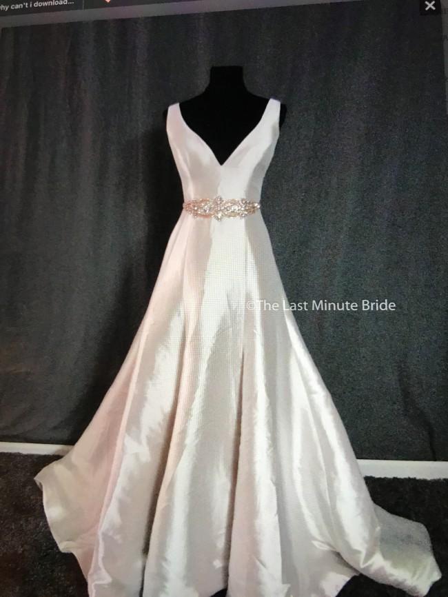 Allure Bridals 9600