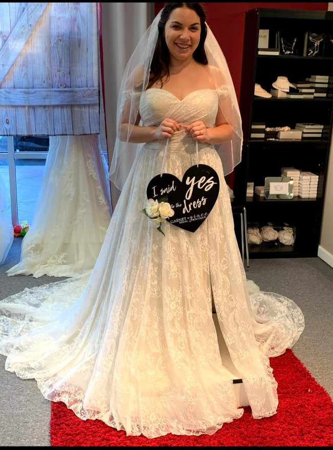 Sincerity Bridal 3961